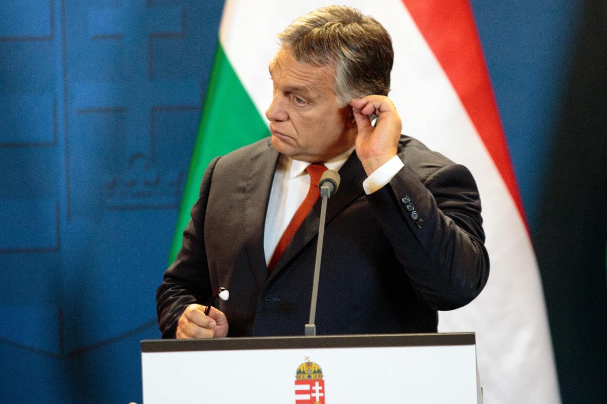 Vajon miért kémkedett az Orbán-kormány magyar emberek ellen? – SZAVAZÁS